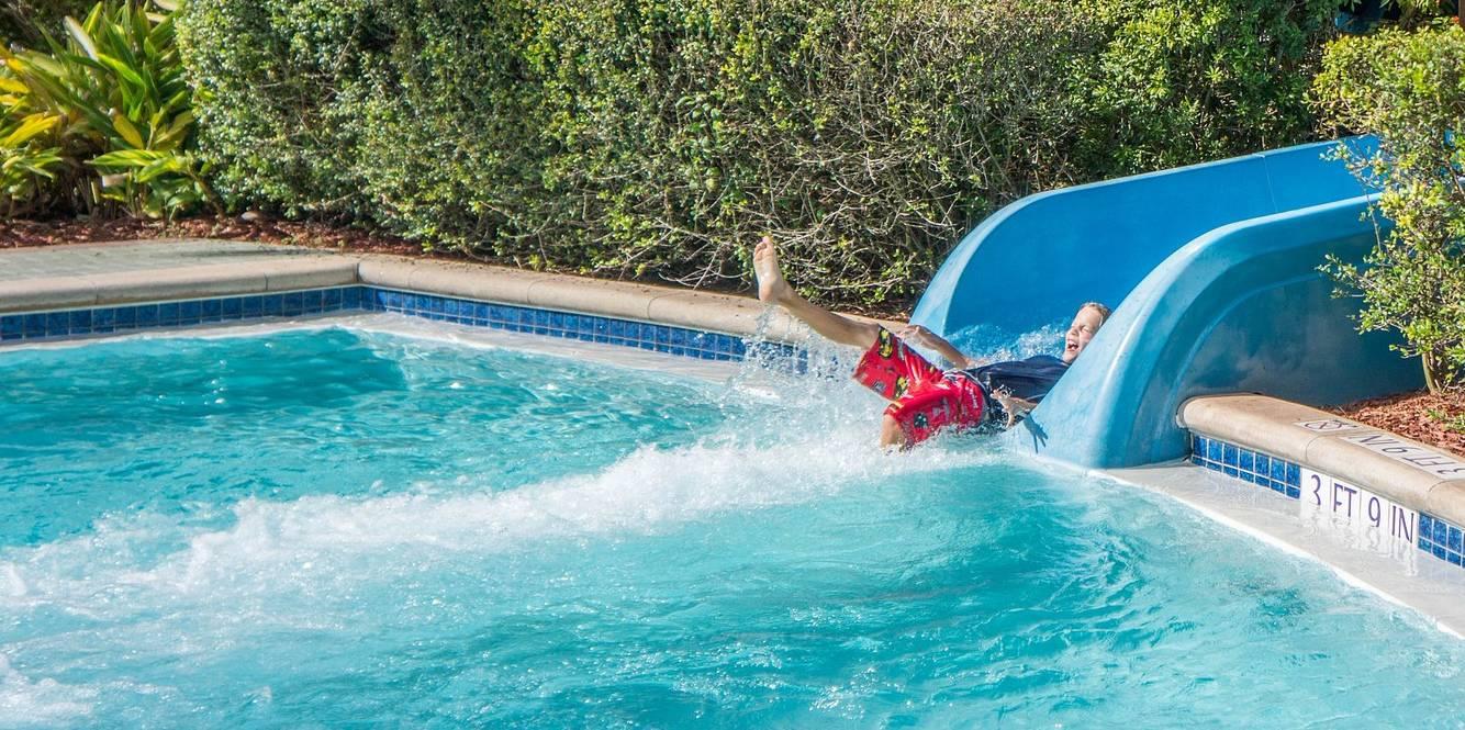 toboggan piscine et autres jeux que choisir pour sa famille